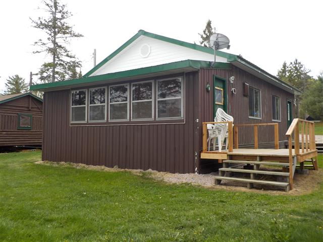 Trout Lake, Ontario Cottages and Cabins for rent